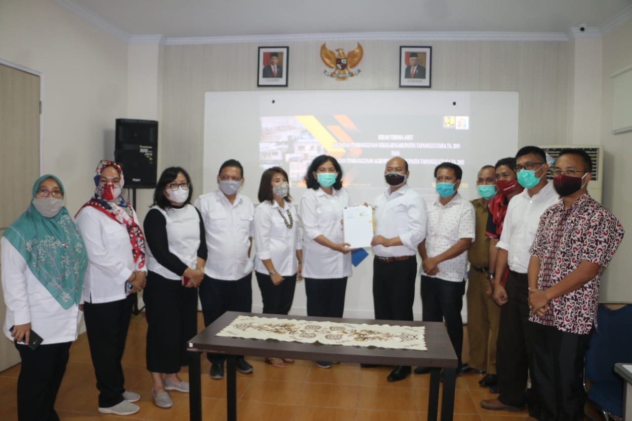 Bupati Taput Terima Aset Rehabilitasi 5 Gedung Sekolah SD Negeri di Tapanuli Utara.