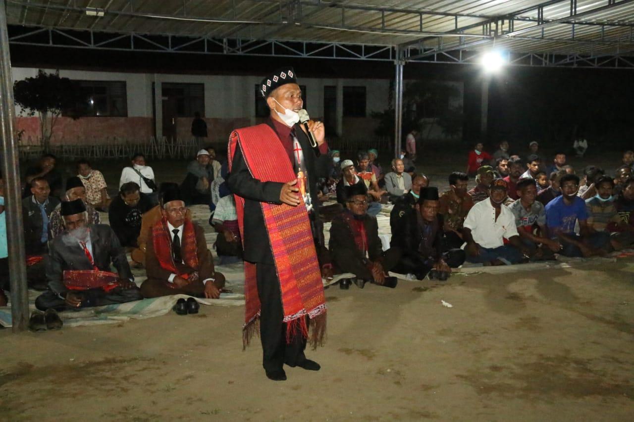 Tarutung : Nginap di Dusun Batu Mamak Garoga, Bupati Taput Duduk Bersama dengan Masyarakat Untuk Sebuah kemajuan