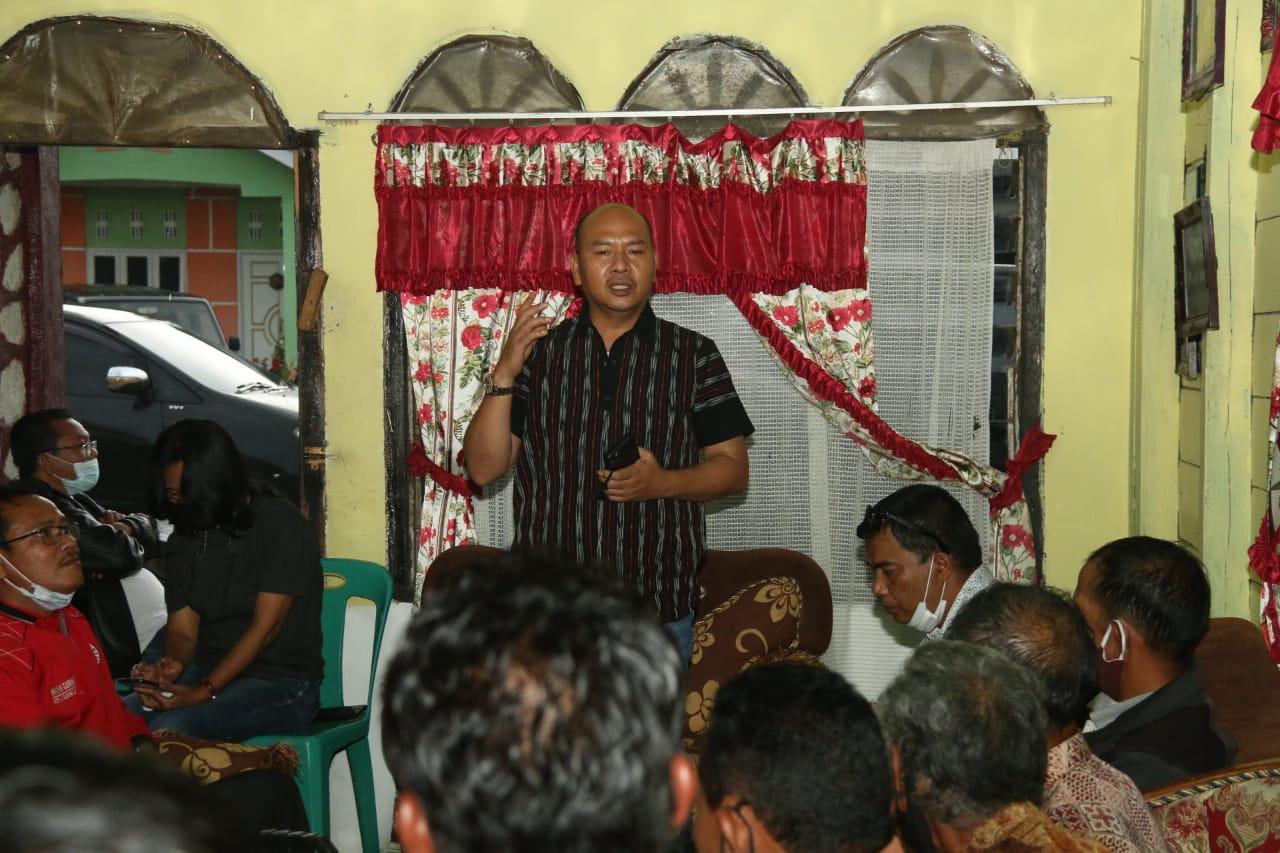 Tarutung : Bupati Taput Turun ke Dusun Sibadak, Sisir Potensi Dusun,  Bedah Rumah, Air Bersih.