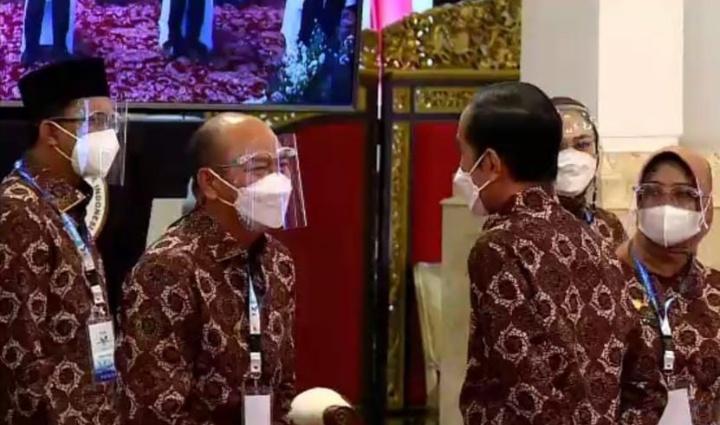 Tarutung : Bupati Taput Tatap Muka Langsung dengan Presiden Jokowi di Istana Negara pada Munas V APKASI Tahun 2021