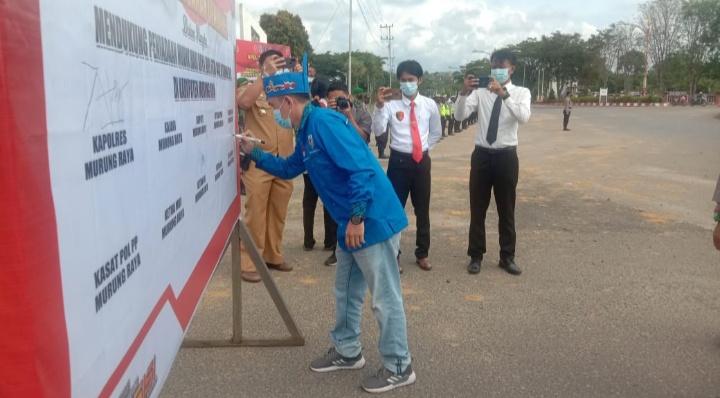 Puruk Cahu : Ketua DPD Komite Nasional Pemuda Indonesia (KNPI) Kabupaten Murung Raya, Menjadi Salah Satu Penanda Tangan Peniadaan Mudik Hari Raya Idul Fitri 1442 H/Tahun 2021.