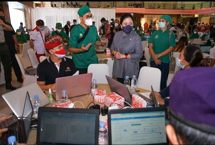 Puan: Antisipasi Dampak Lonjakan Covid-19 di Luar Jawa dan Bali
