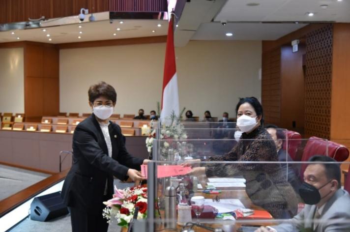 Manado : Ketua DPR RI Dr.(H.C) Puan Maharani Jangan Pernah Bosan Bicara Kebhinekaan