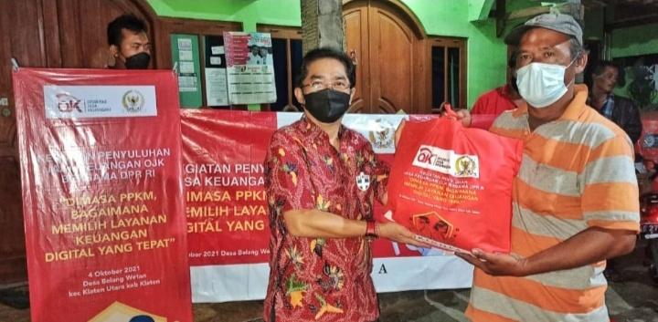 Klaten : OJK bersama Tim Wakil Rakyat DPR RI Turun Kelapangan Pantau PPKM dan Sosialisasi Perangkap Pinjol